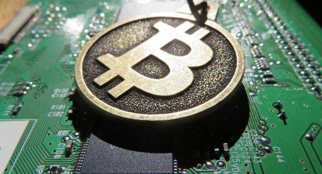 Что такое майнинг (добыча) криптовалюты простыми словами (на 2018 год)?