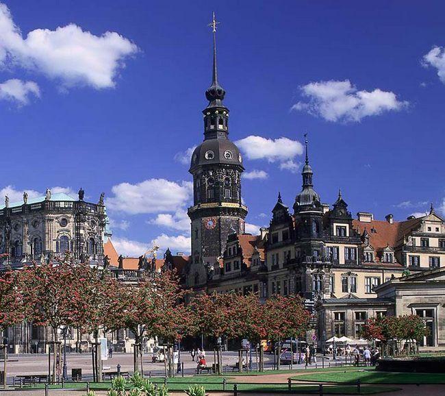 Страховка для выезда в германию - страхование выезжающих за рубеж онлайн от liberty - страхование